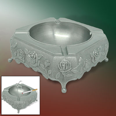 Classic Silvery Gray Lifelike Rose Emblema Cigarette Metal Ashtray