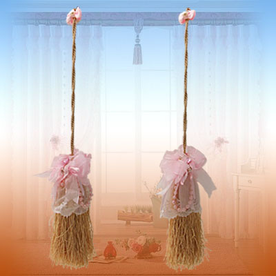 Soft Pink Flower & Gray Tassel Curtain Tieback Holder