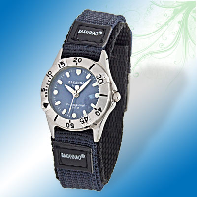 Blue & Black Nylon Watchband Charming Quartz Student's Watch