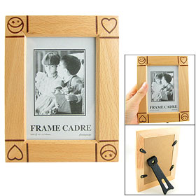 Heart Carved Pattern Wooden Frame Holder for Photo Picture