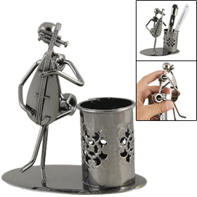 Steel Art Man Play Pipa Oval Base Craft Hollow out Flower Pen Holder