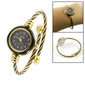 Women Round Dial Case Black Gold Tone Twisted Band Bracelet Watch
