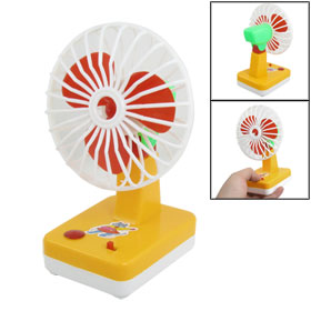 Battery Power Red Blade Plastic Mini Summer Cooler Fan