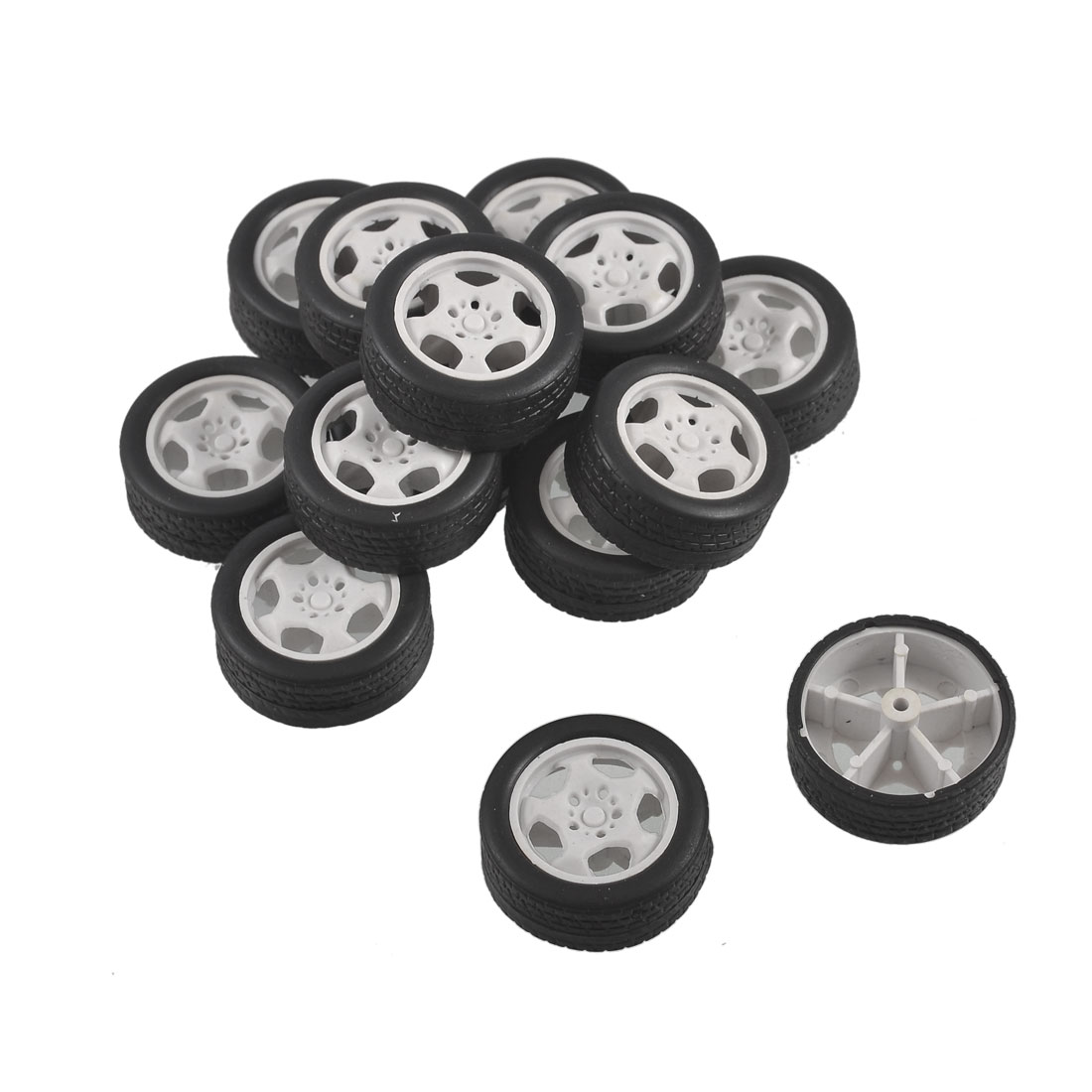34mm Dia Rubber Roll Plastic Core Kids Toy Vehicles Car Wheels 14 Pcs