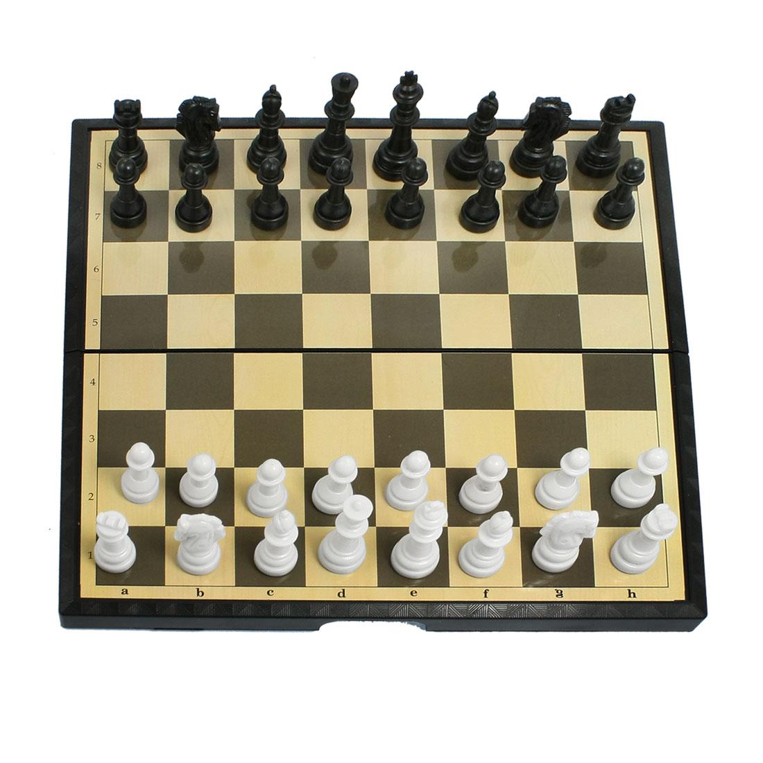 Foldable Black Plastic Chessboard 32 Chessmen International Chess Set
