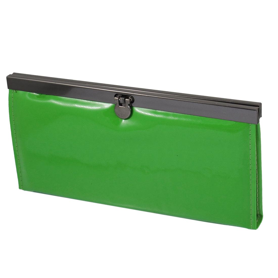 Ladies Green Faux Leather Horizontal Flip Lock Closure Wallet Purse