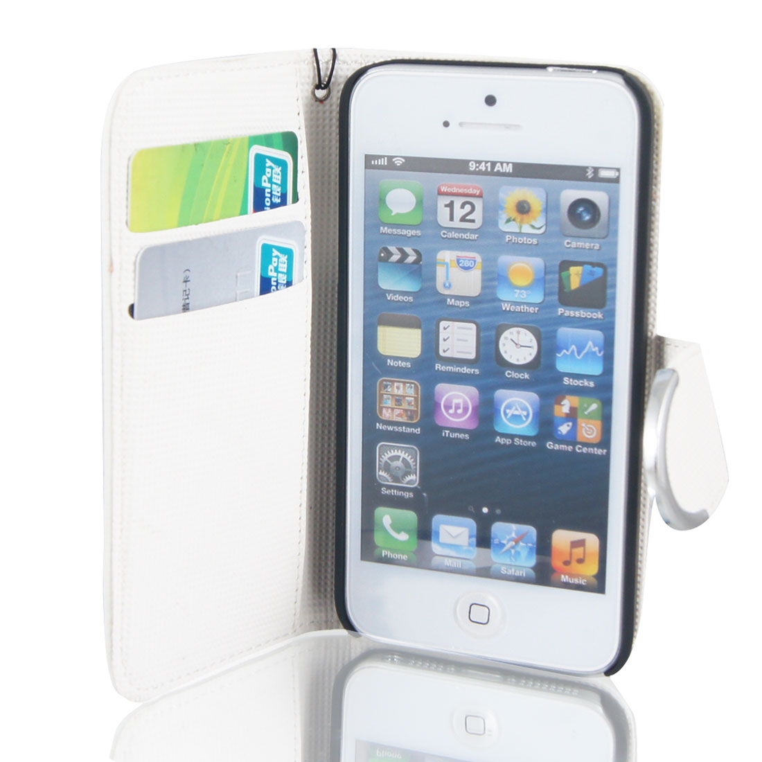 White Faux Leather Magnetic Flip Case Cover Pouch for Apple iPhone 5 5G