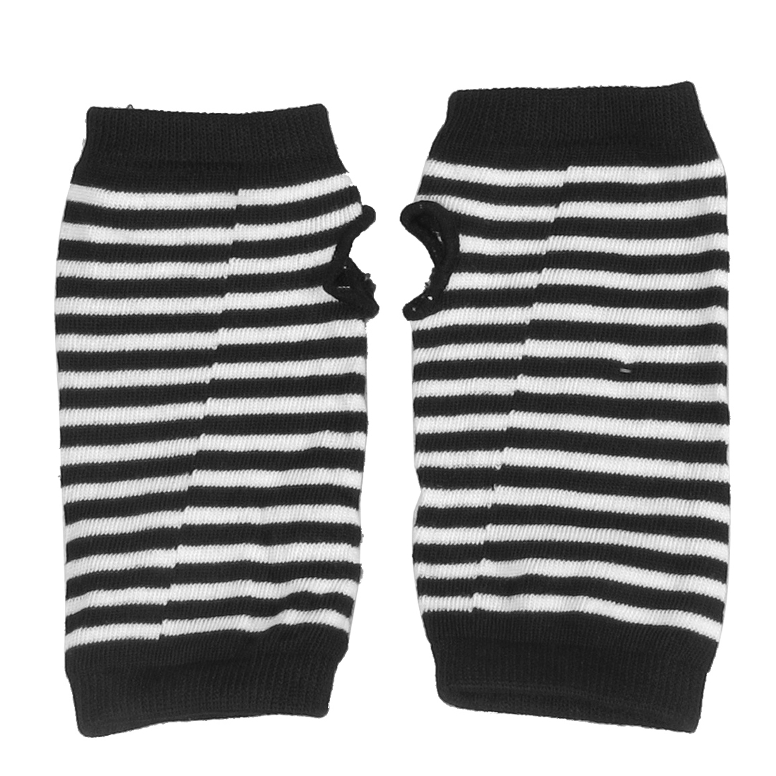 Woman Striped Pattern Fingerless Thumbhole Gloves Black White Pair