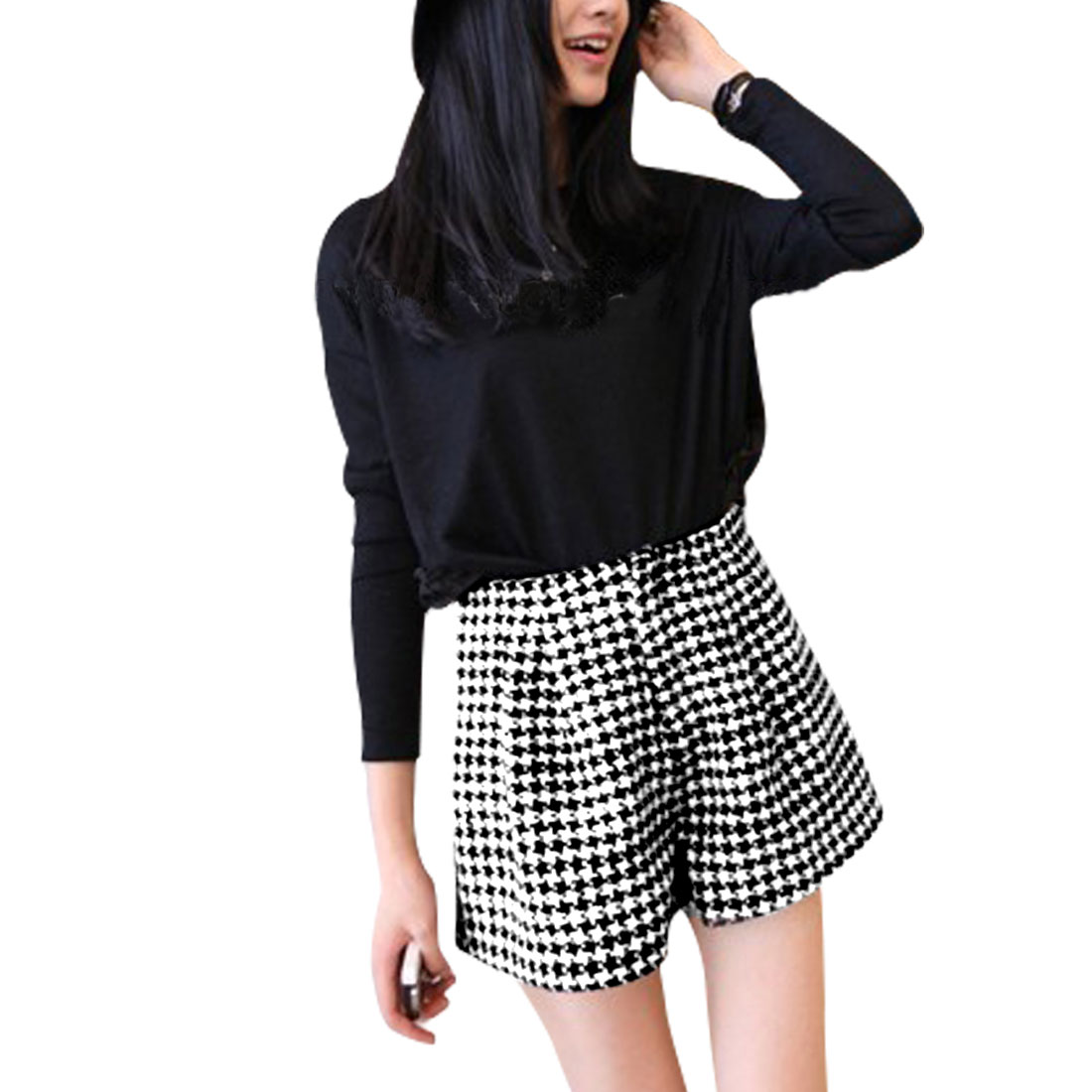 Ladies Black White Houndstooth Pattern Casual Zip Closure Back Shorts XS