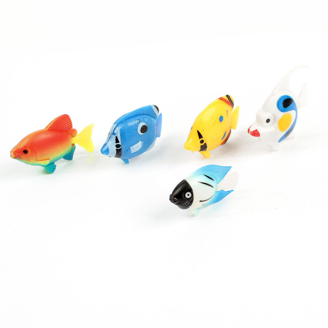 Aquarium Fish Tank Yellow Blue White Plastic Swing Tail Floating Fish Ornament 5 Pcs