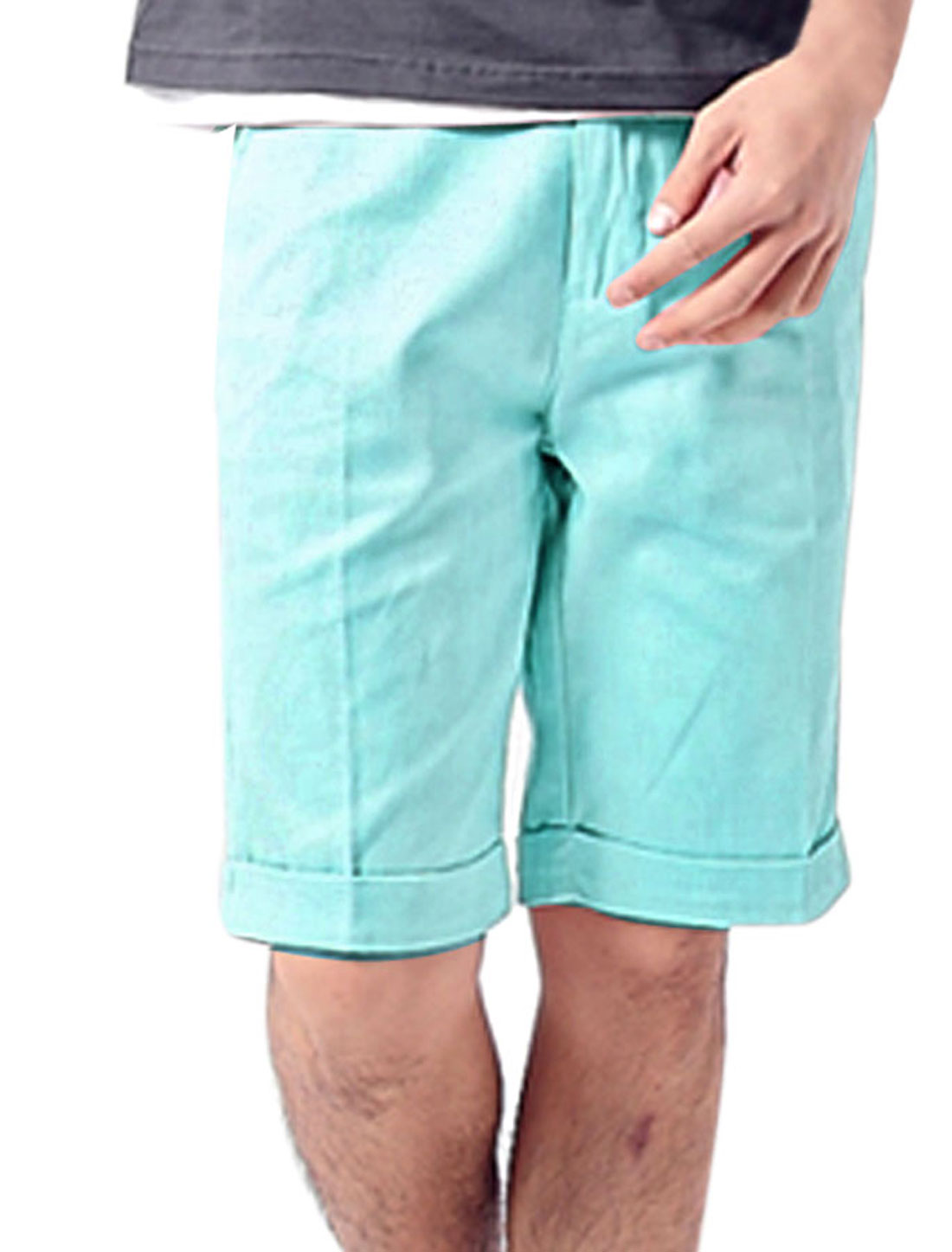 Man Korean Style Slant Pockets Casual Shorts Light Blue W33