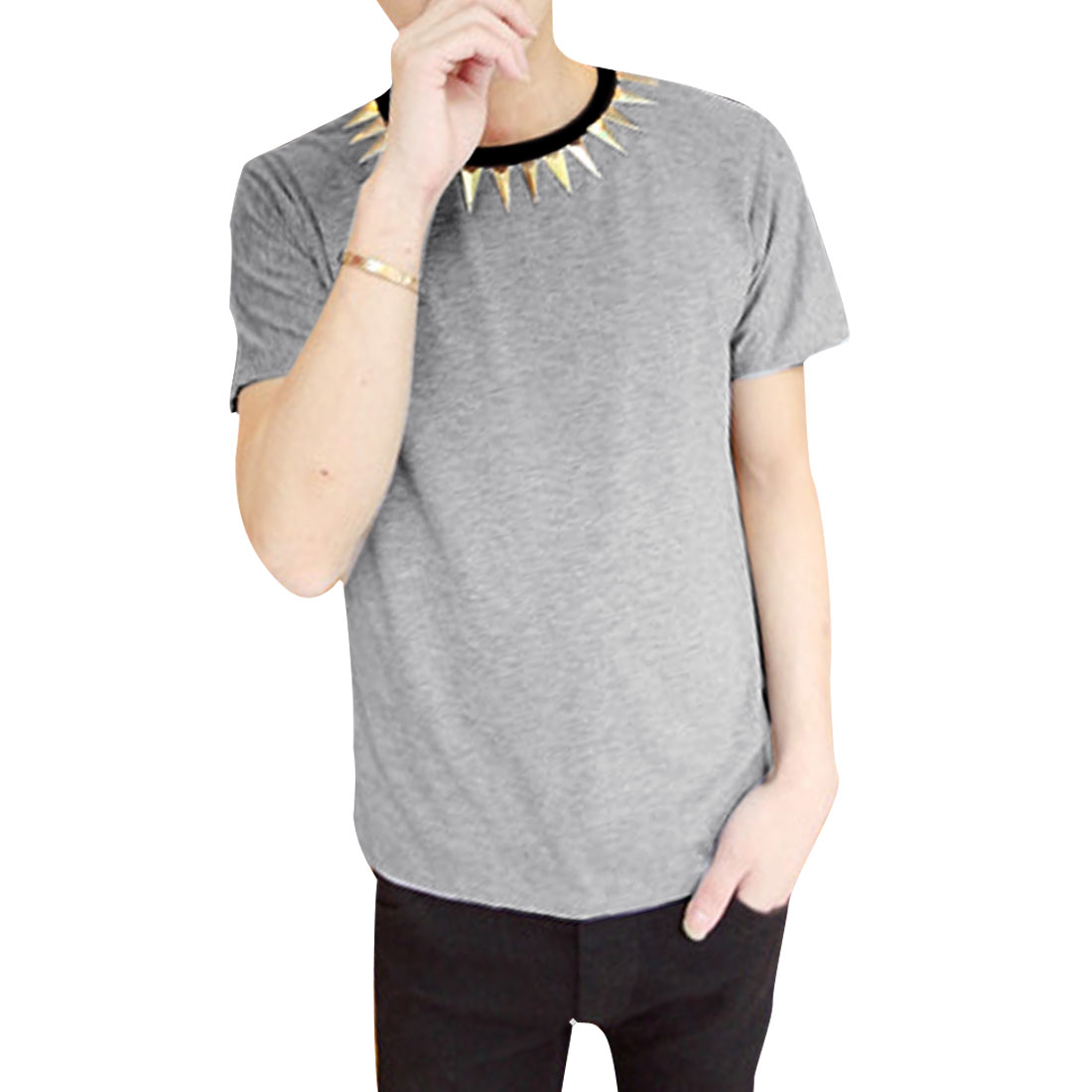 Men Round Neck Pullover Short Sleeve Studs Decor T-shirt Light Gray M