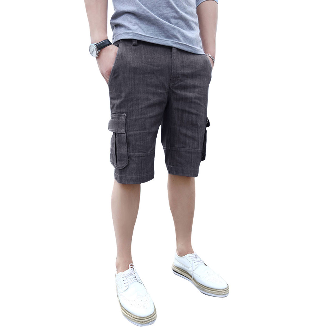 Men Zipper Pockets Buttoned Zipper Fly Denim Short Trousers Gray W32