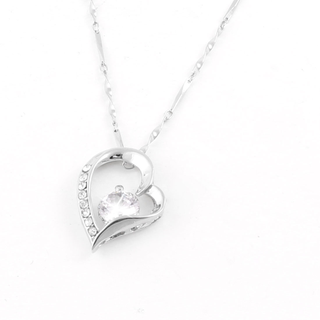Lady Plastic Rhinestone Metal Chain Heart Shape Pendant Necklace Silver Tone
