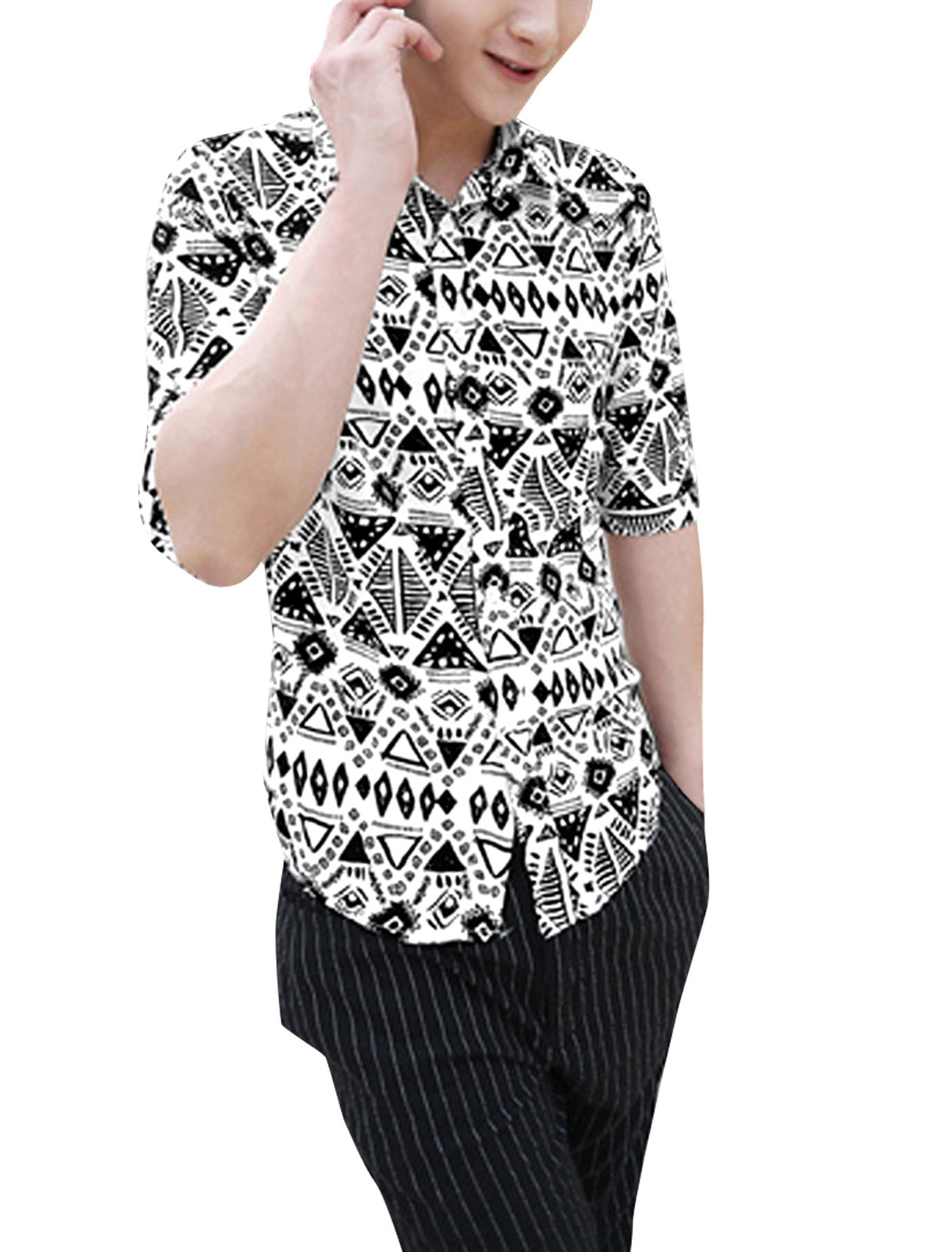 Men Point Collar Button Up Front Geometric Prints Shirt White Black M
