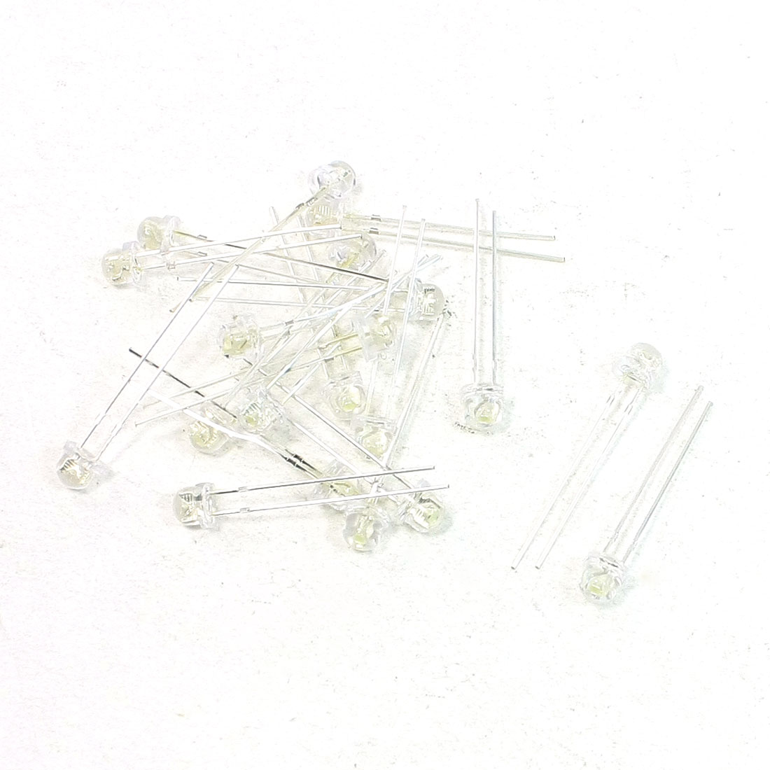 20 Pcs F5 5mm Straw Hat White LED Light Emitting Diodes