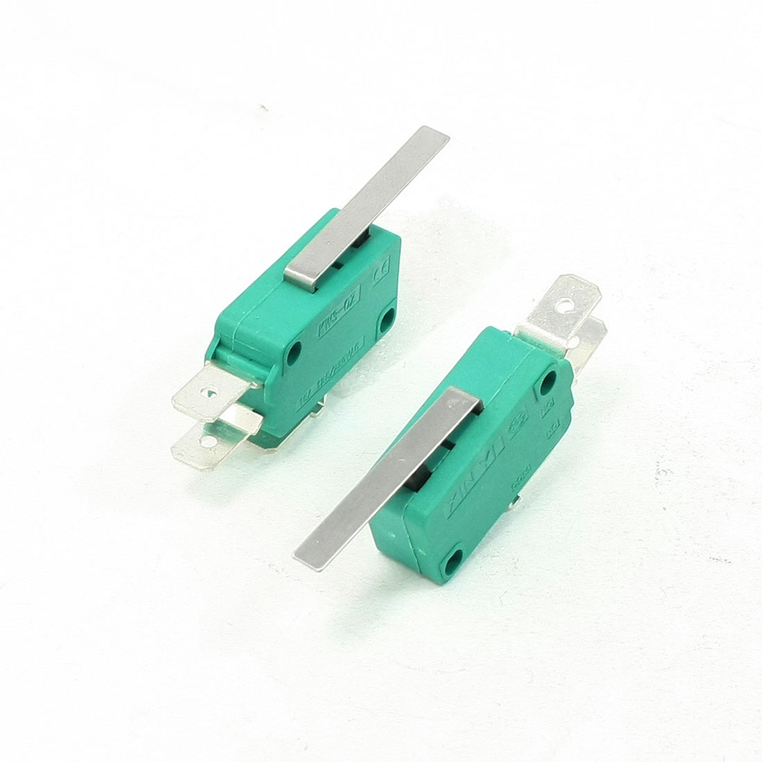 2 Pcs AC 250V 16A SPDT Short Straight Hinge Lever Limit Micro Switch Green