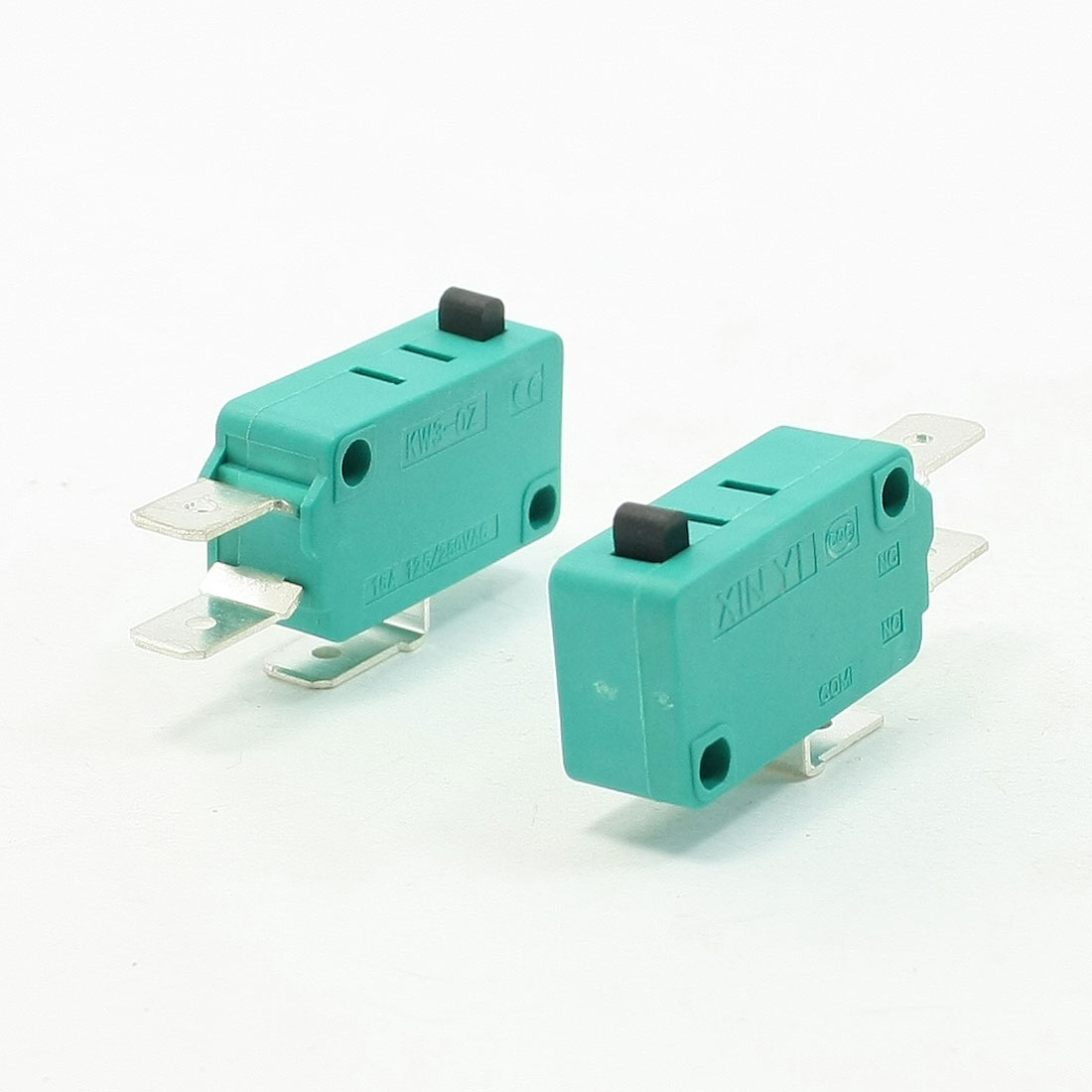 2 Pcs AC 250V 16A SPDT 3P Momentary Push Button Miniature Micro Switch Green