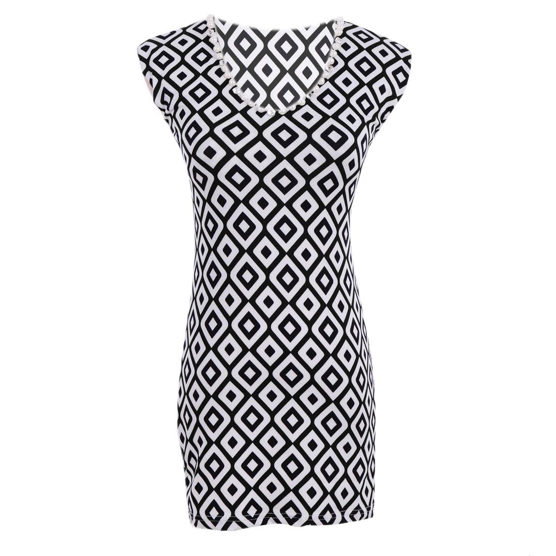 Ladies V Neck Geometric Prints Tank Top White Black XS