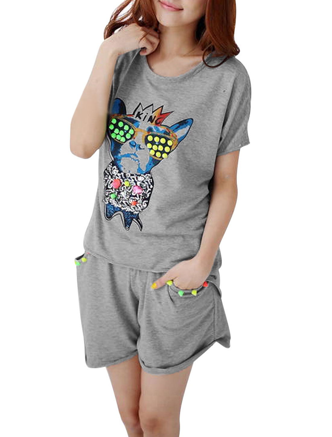 Woman Light Gray Cartoon Dog pattern Shirt w Rivets Decor Shorts S