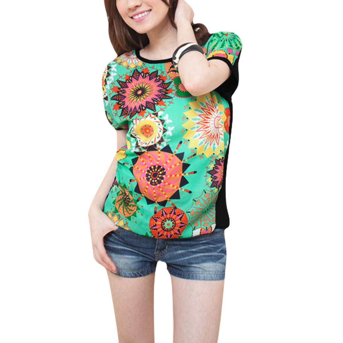 Women Kaleidoscope Pattern Round Neck Dolman Sleeve T-Shirt Multicolor M
