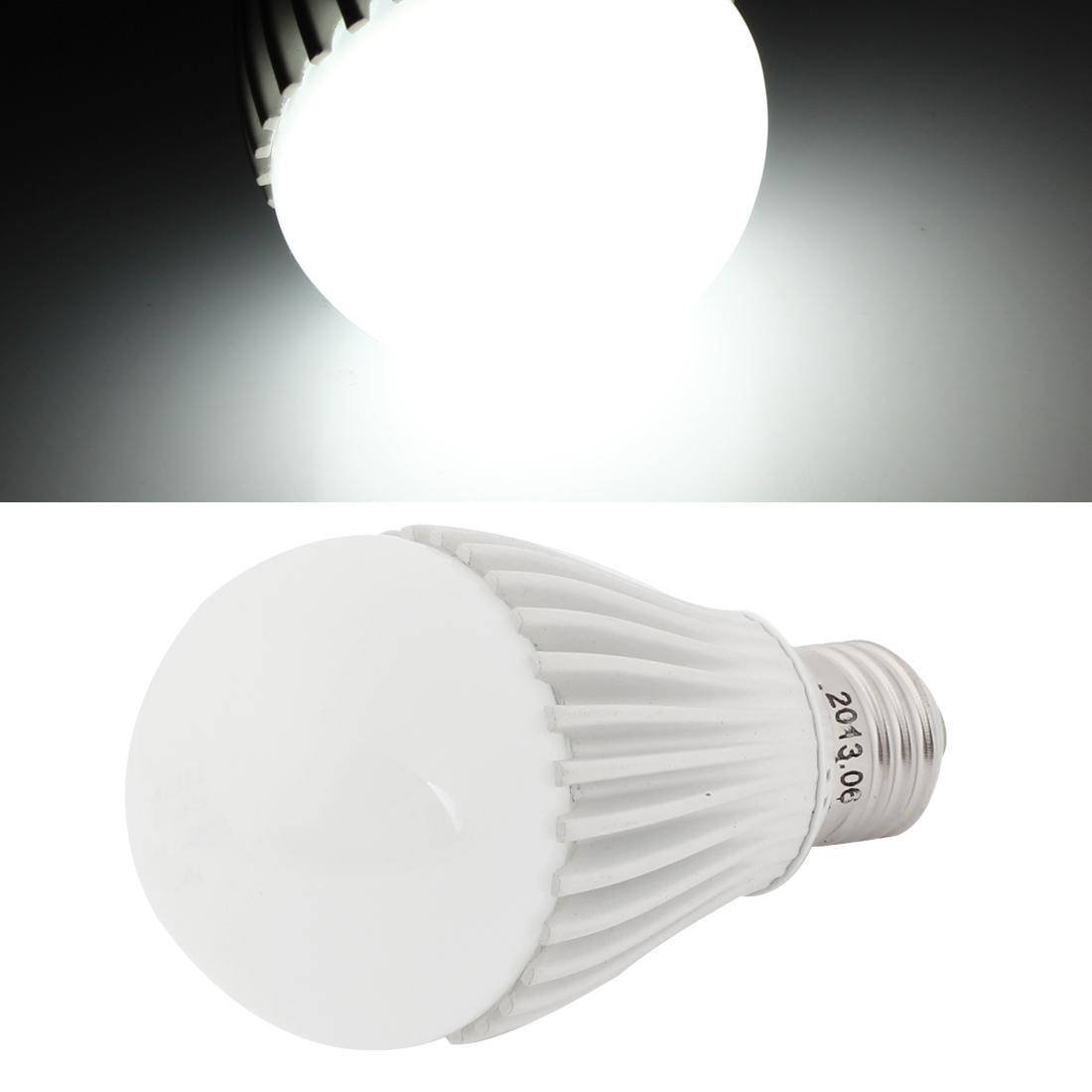Home Family White 16 LED Lamp Energy Saving E27 Ball Bulb 8W
