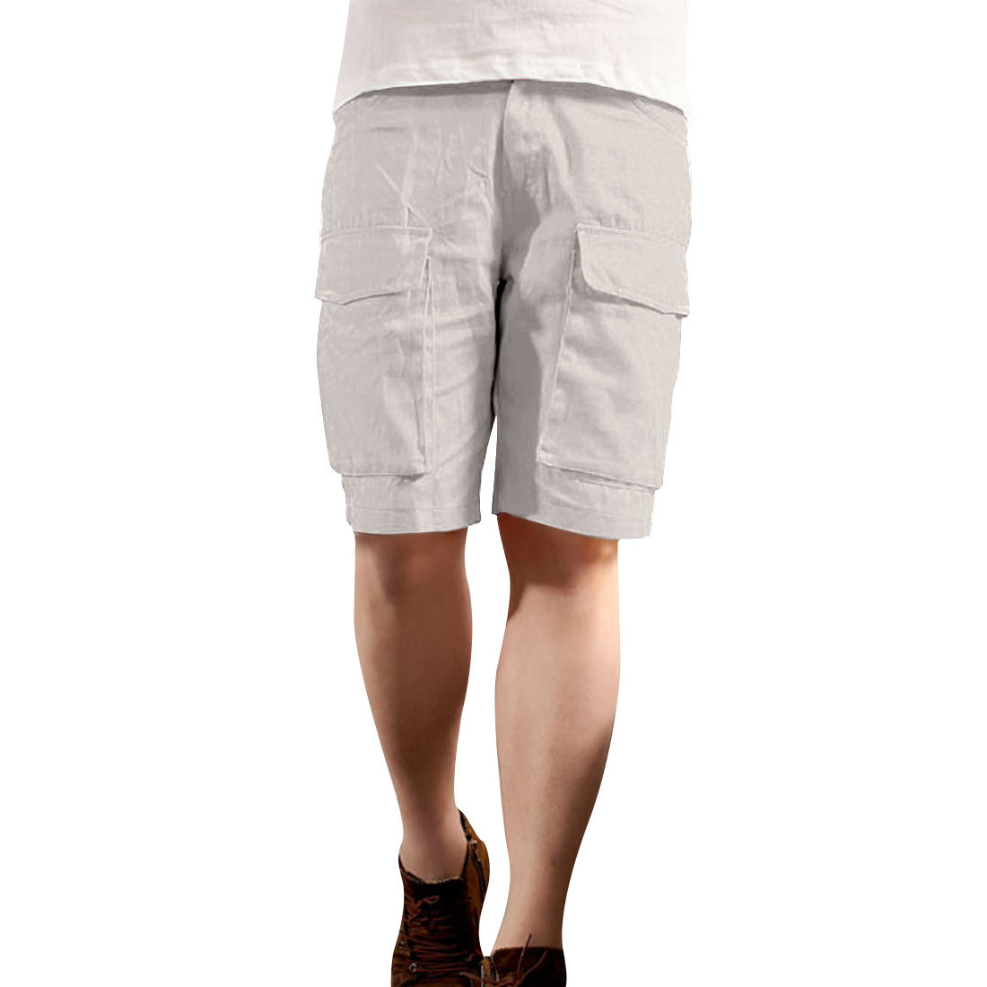 Man Metal Button Slant Pockets Solid Color Modern Shorts Beige W30