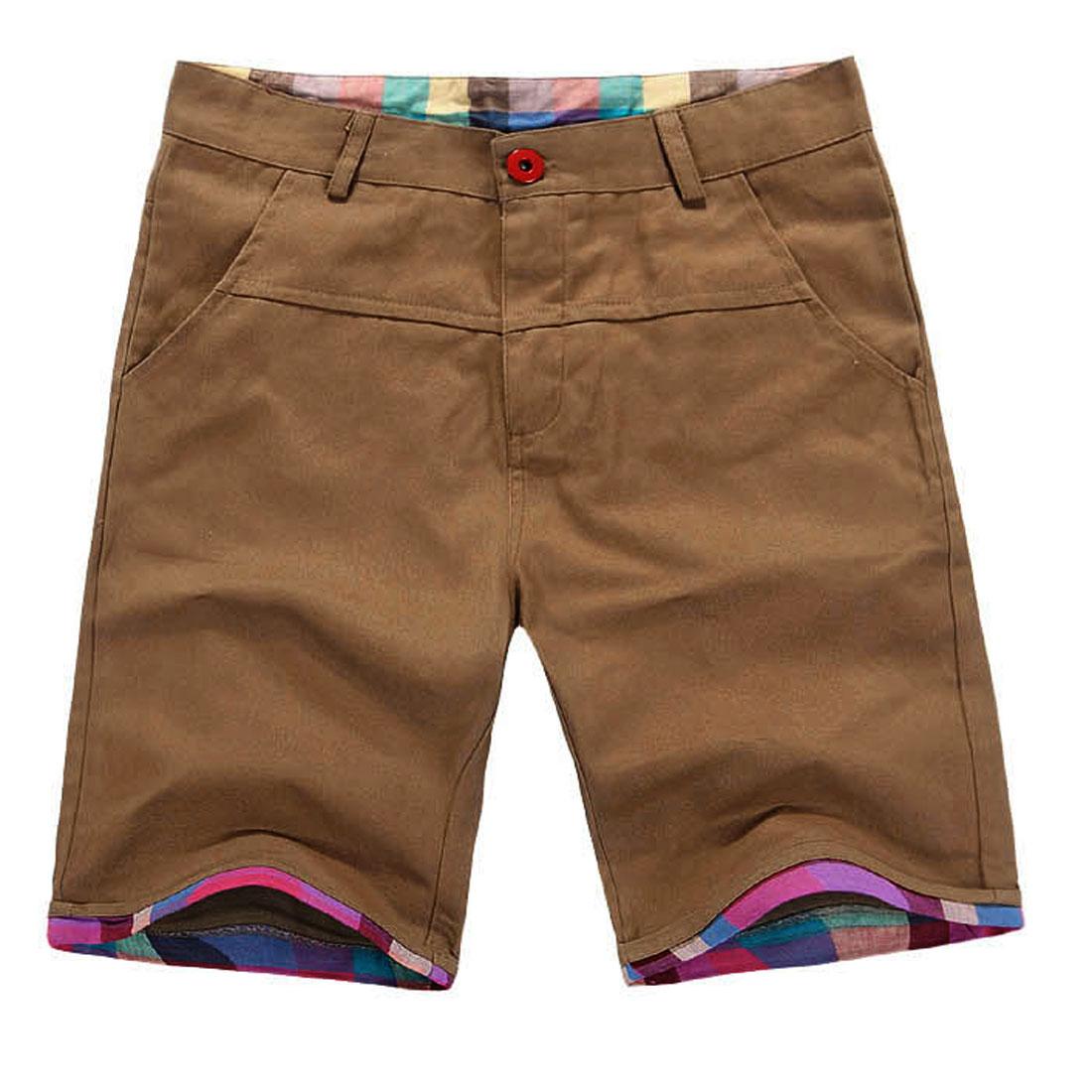 Men Buttoned Zipped Closure Roll Up Hem Plaids Prints Decor Detail Shorts Light Brown W32