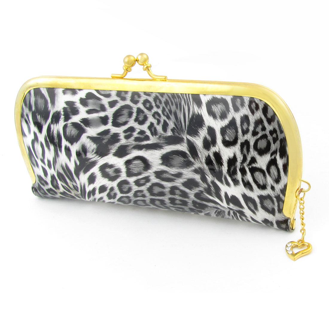 Woman Heart Pendant Kisslock Clasp Leopard Prints Wallet