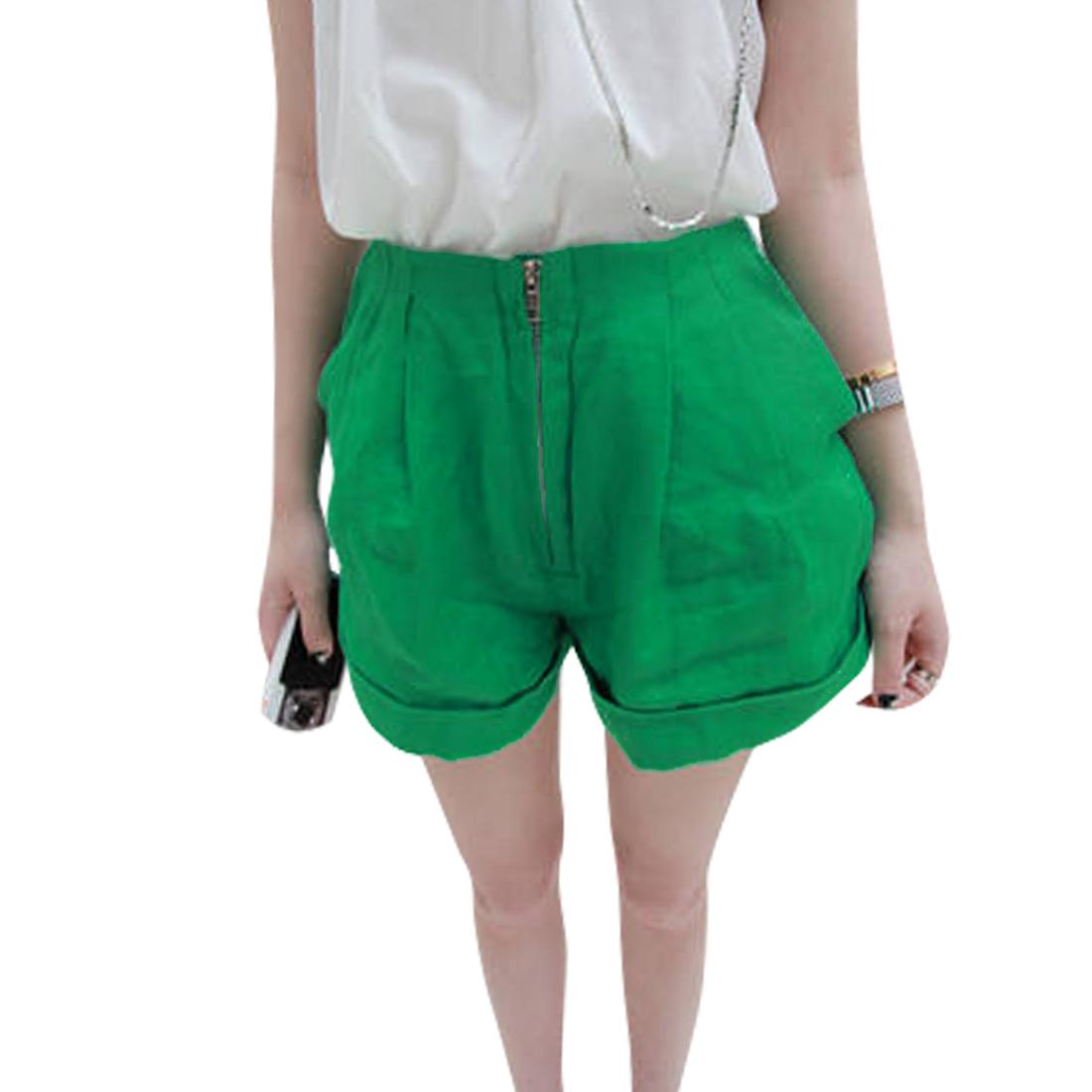 Women Elastic Waist Front Slant Pockets Solid Color Casual Shorts Green S