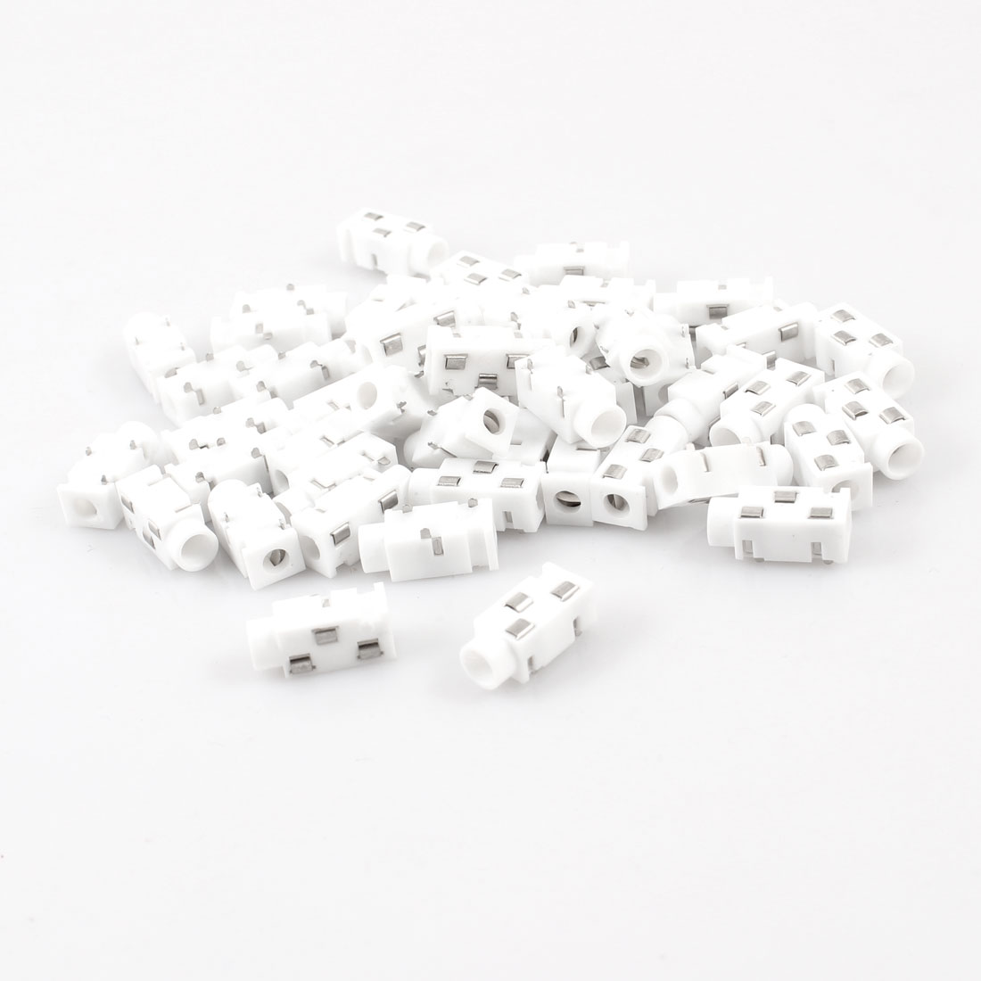 50 Pcs 3-Terminal 3.5mm Female Headphone Stereo Socket Connector White