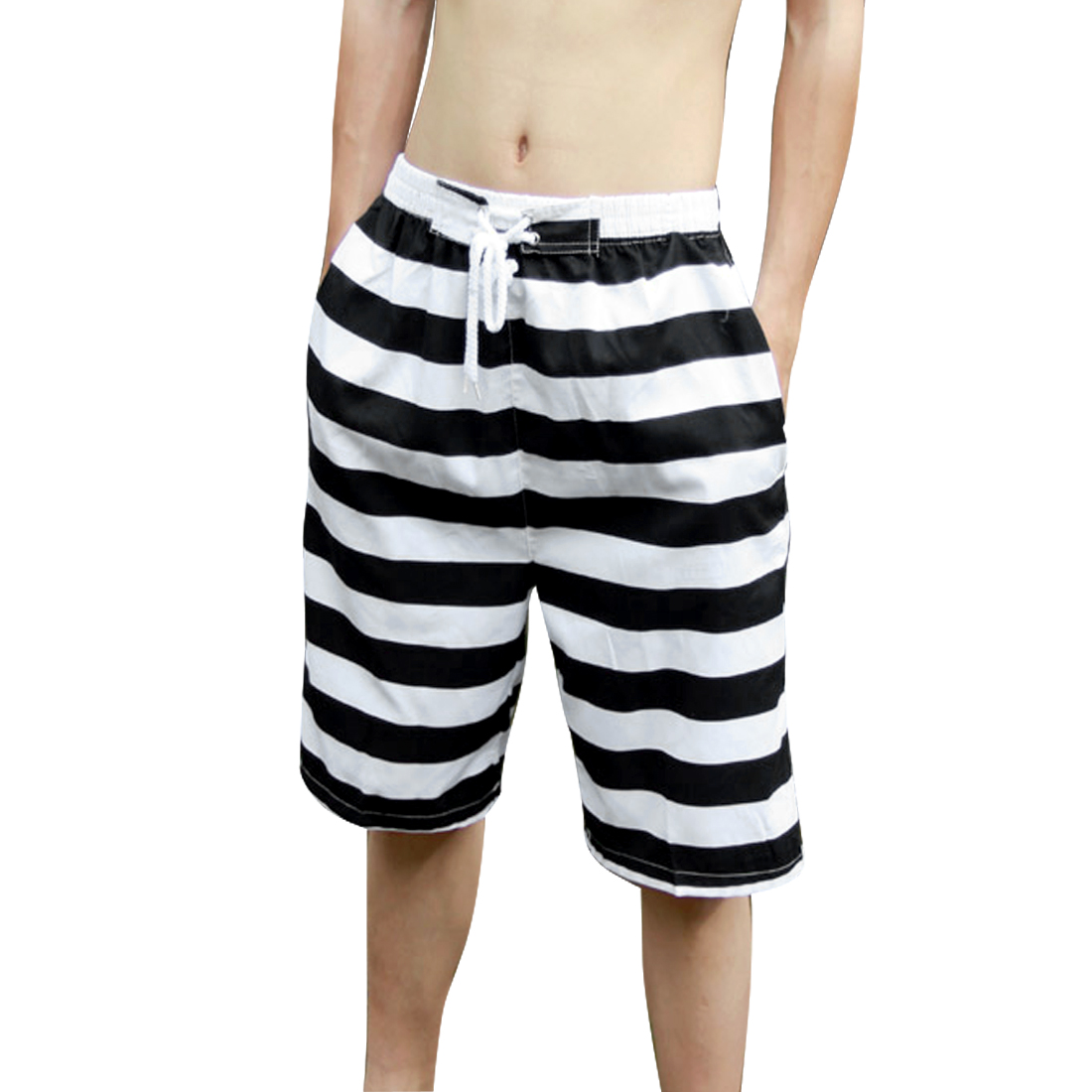 Men Elastic Waist Stripes Pattern Drawstring Style Fashion Shorts Black W33