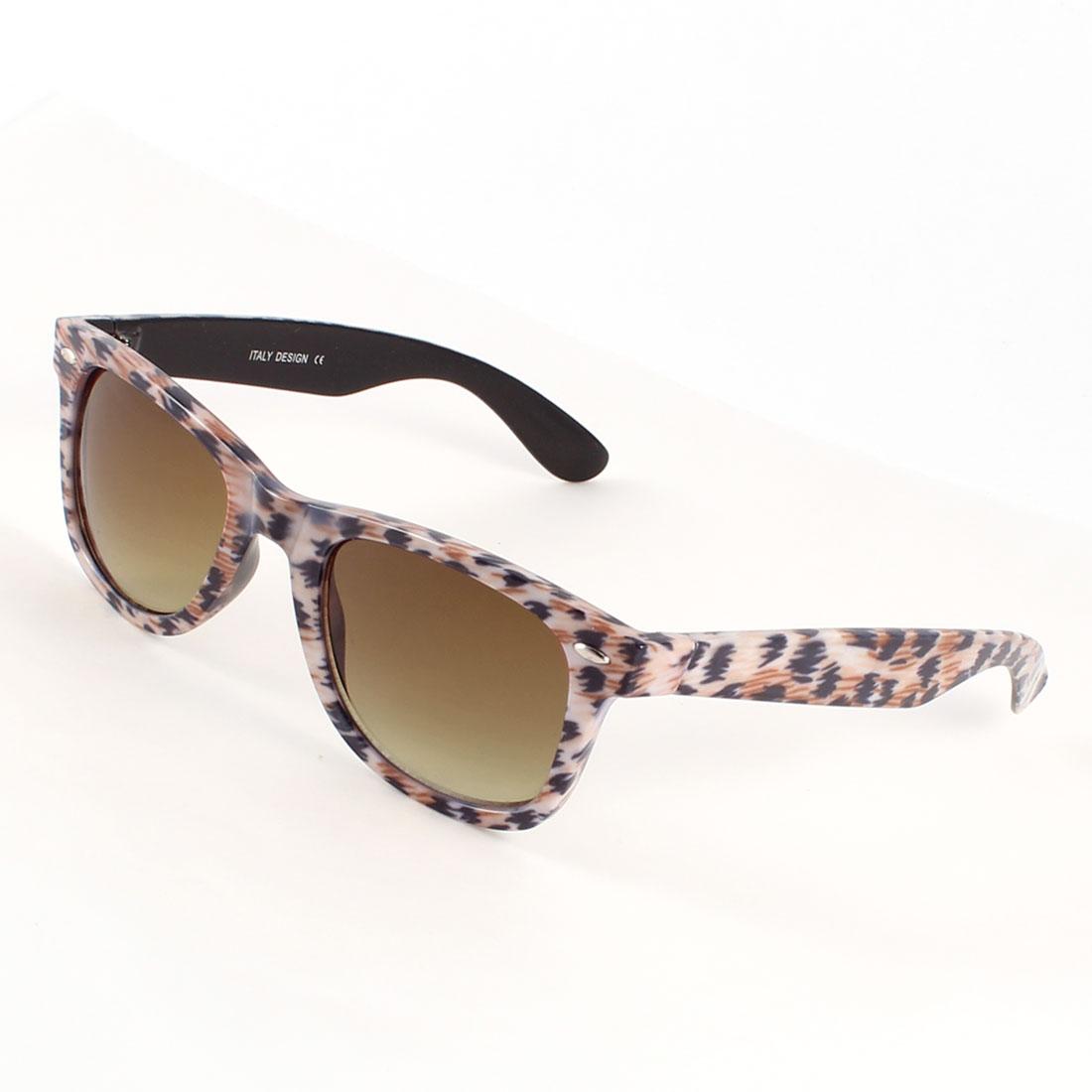 Raindrop Shape Brown Lens White Black Plastic Frame Sunglasses for Lady