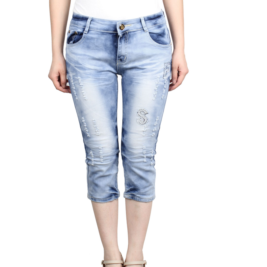 Women Slanting Pockets Button Closure Fashional Cropped Jeans Light Blue S