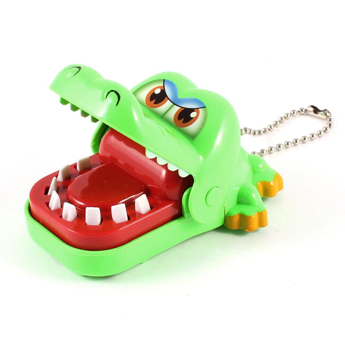 Child Green Plastic Crocodile Alligator Dentist Bite Finger Game Funny Toy