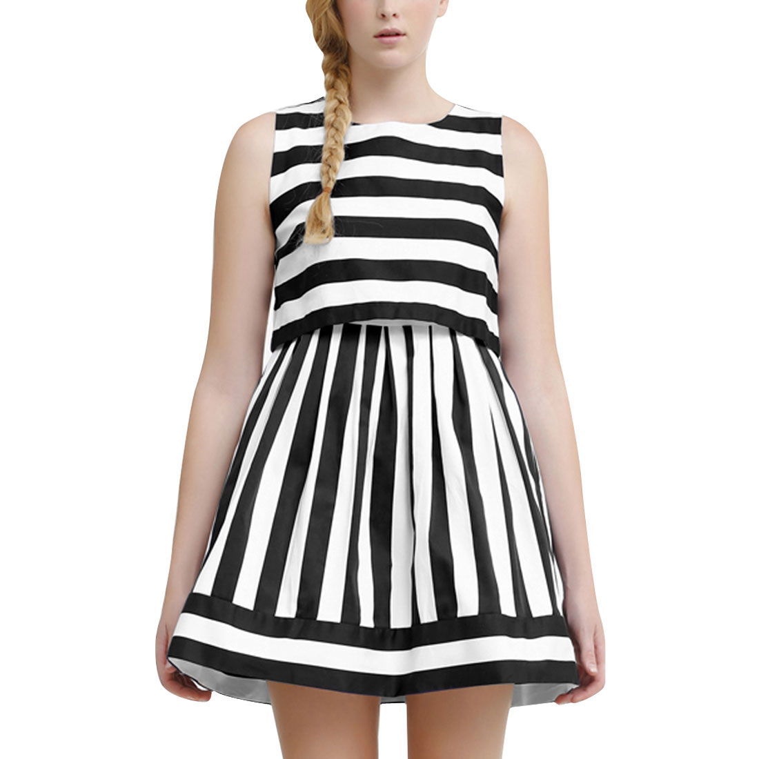 Women XS Black White Sleeveless Design Round Neck Stripes Pattern Dress