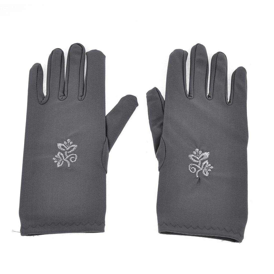 Pair Flower Pattern Short Wrist Dark Gray Suncare Full Finger Gloves for Ladies