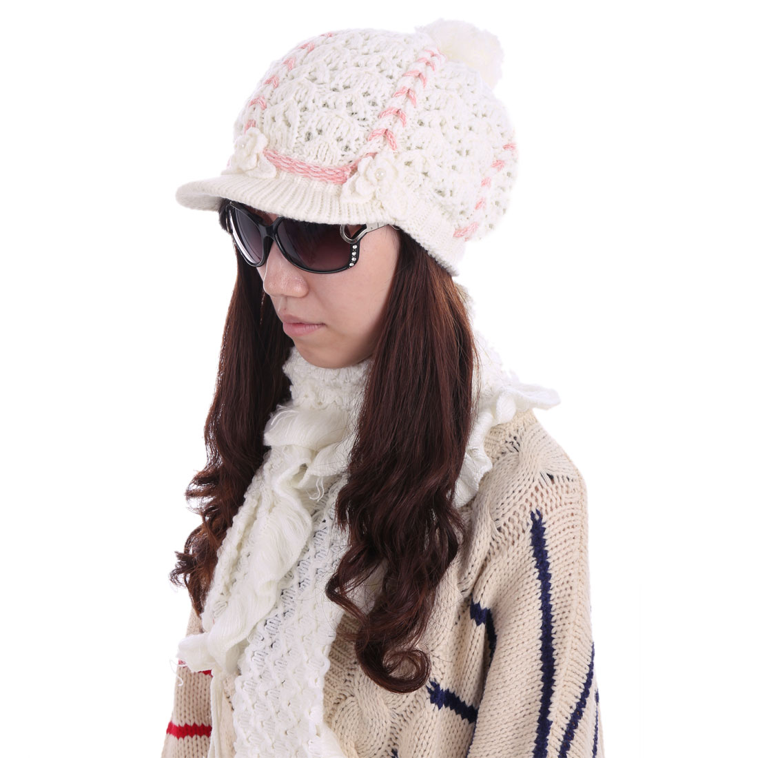 Women Flower Decor Hat & Ruffled Knitted Scarf White