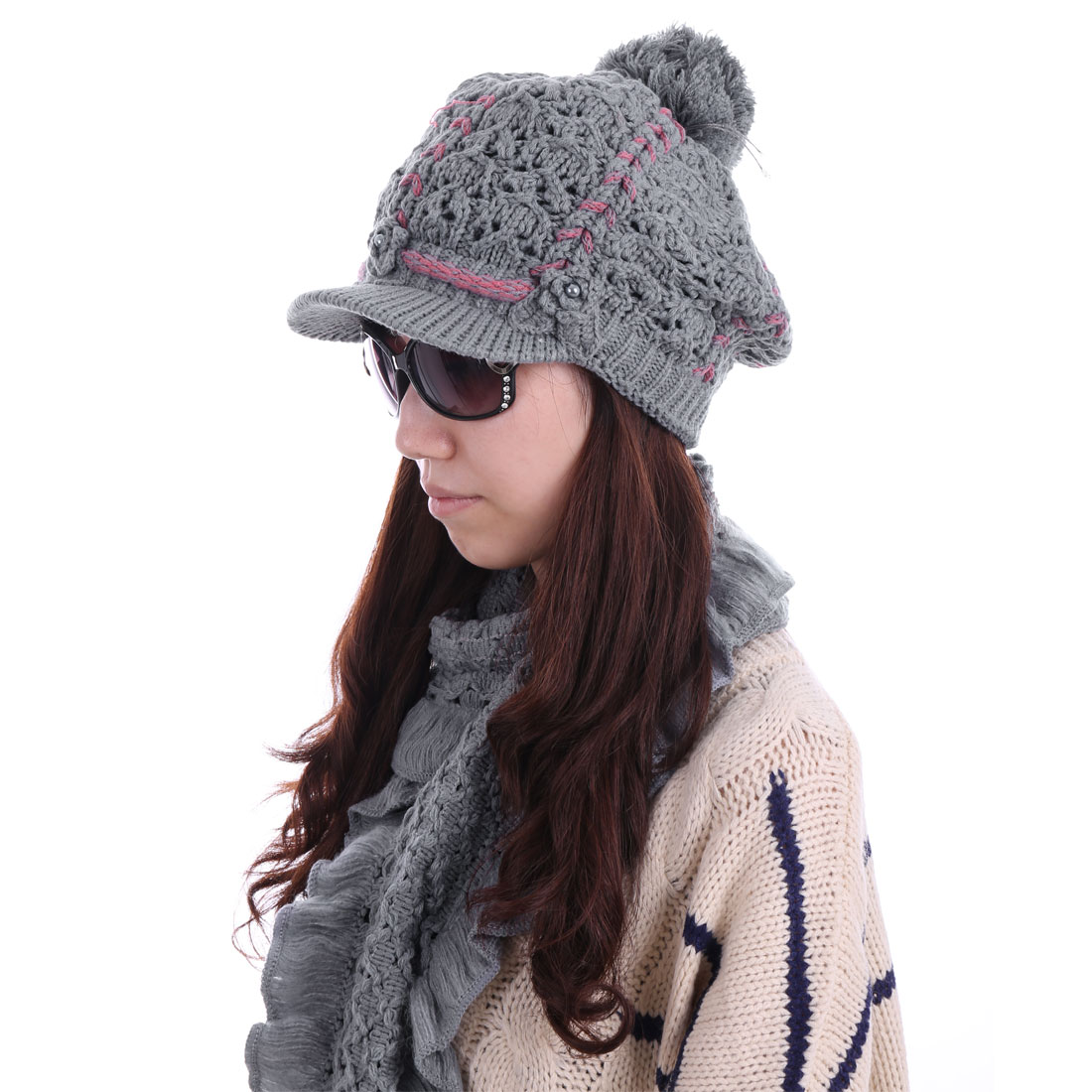 Women Flower Decor Hat & Pom Pom Wool Scarf Gray