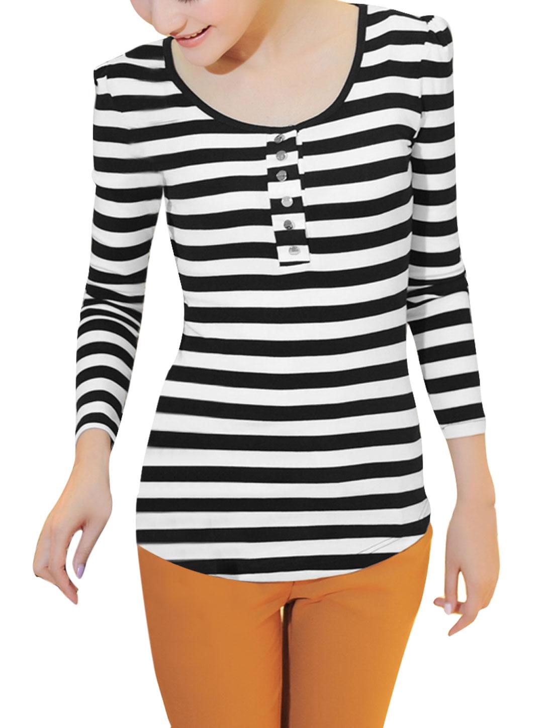 Woman Scoop Neck Crochet Lace Panel Back White Black Striped T-Shirt XS