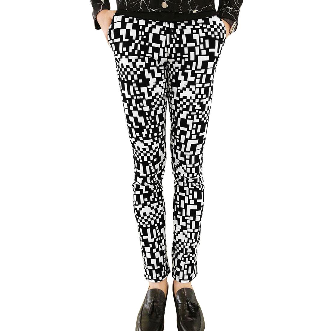 Men Zipper Fly Geometric Pattern Black White Casual Long Pants W30