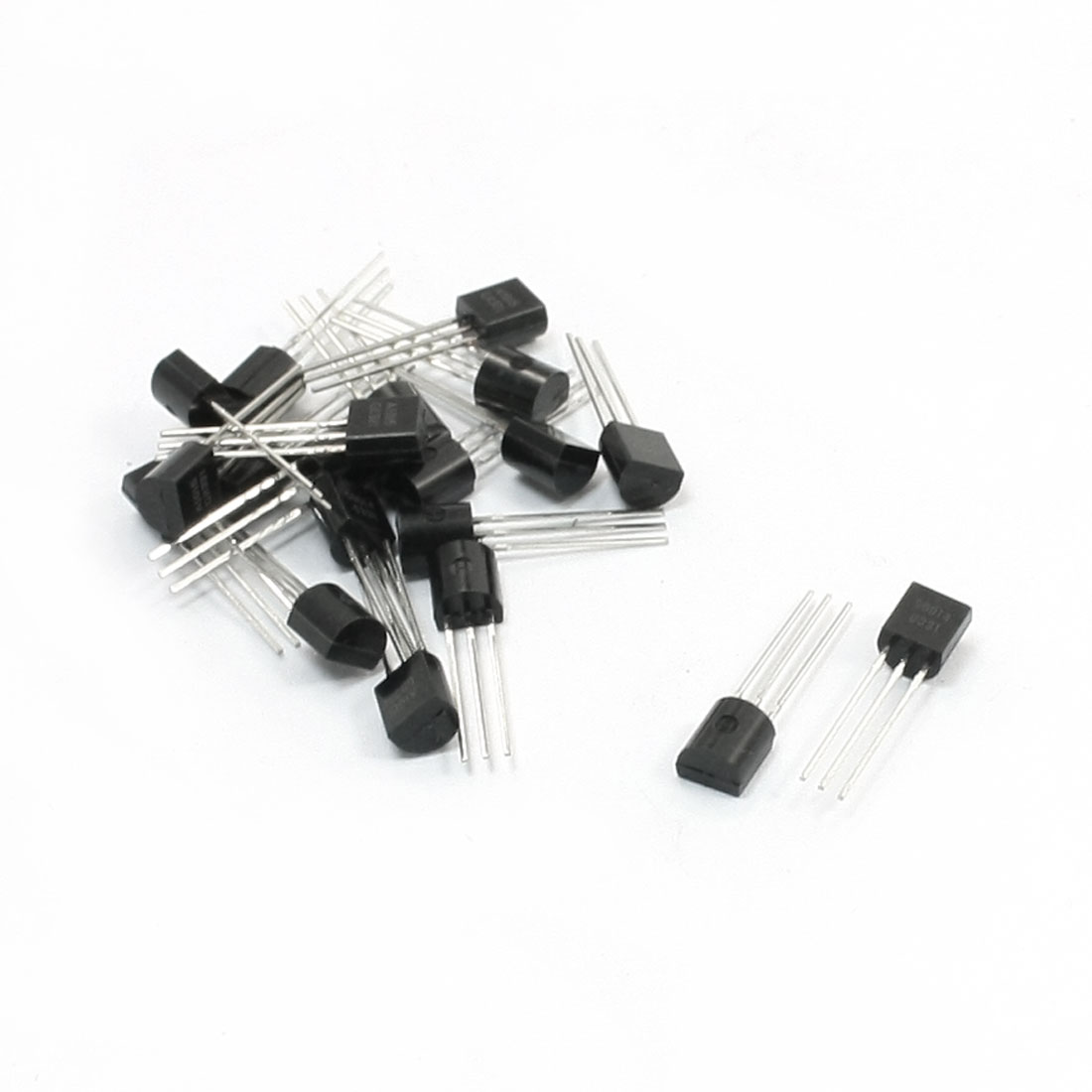 20pcs S9014 NPN A1015 PNP TO-92 Package 3 Pole Through Hole Transistor