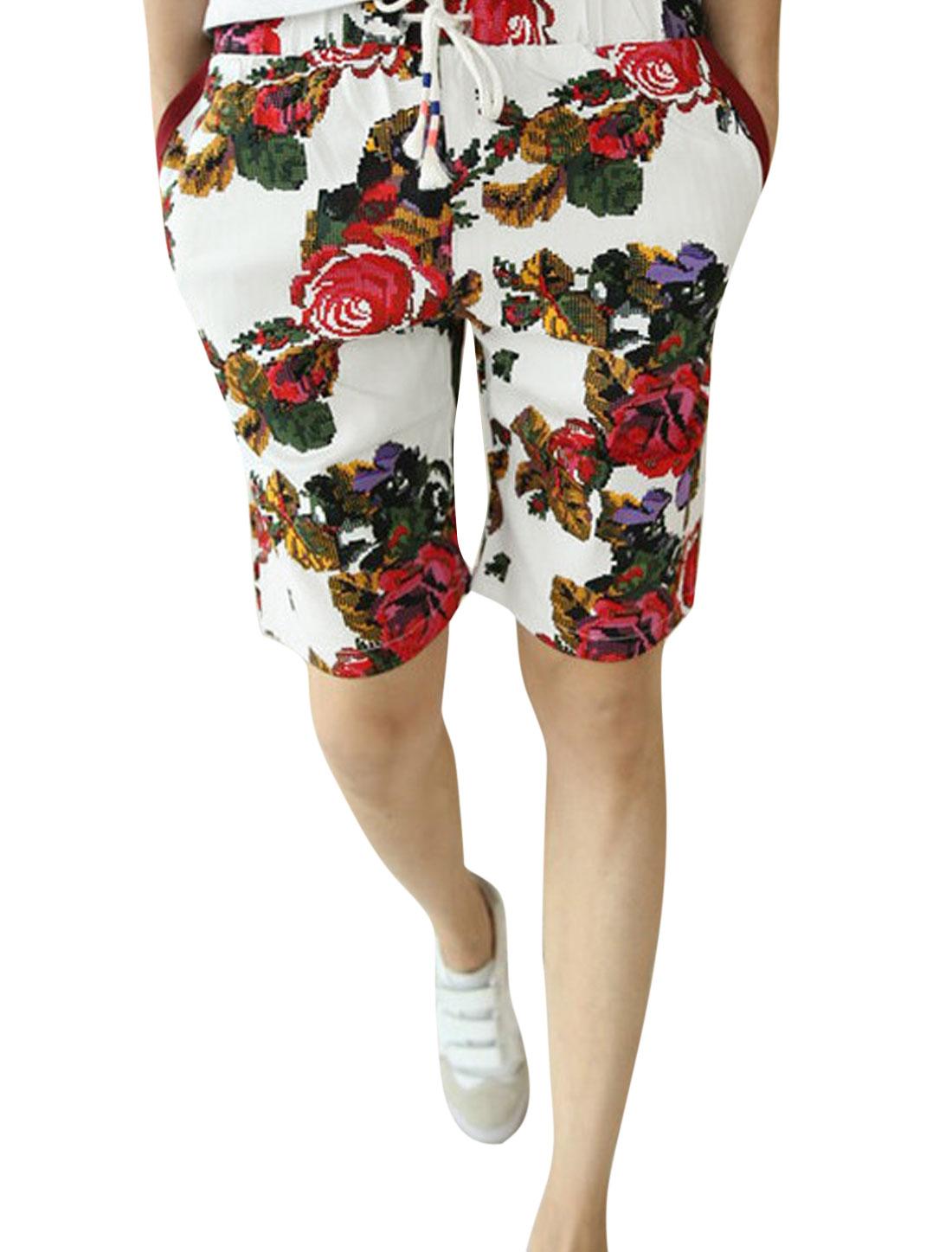 Man Double Slant Pocket Sides Flower Pattern White Red Shorts W30