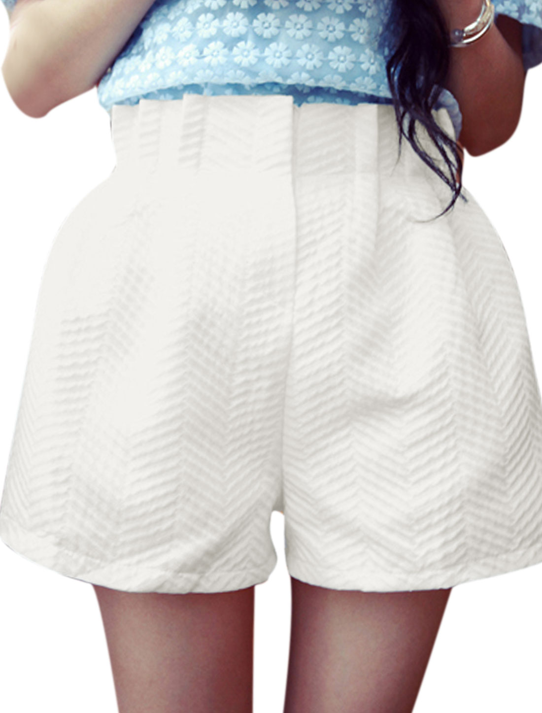 Women Conceal Placket Zigzag Textured Design Chic NEW Shorts White XS