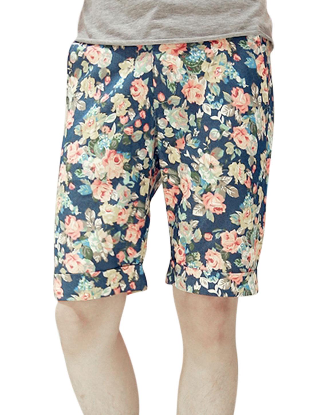 Men Floral Prints Two Slant Pockets Roll-Up Cuffs Shorts Multi-color W28