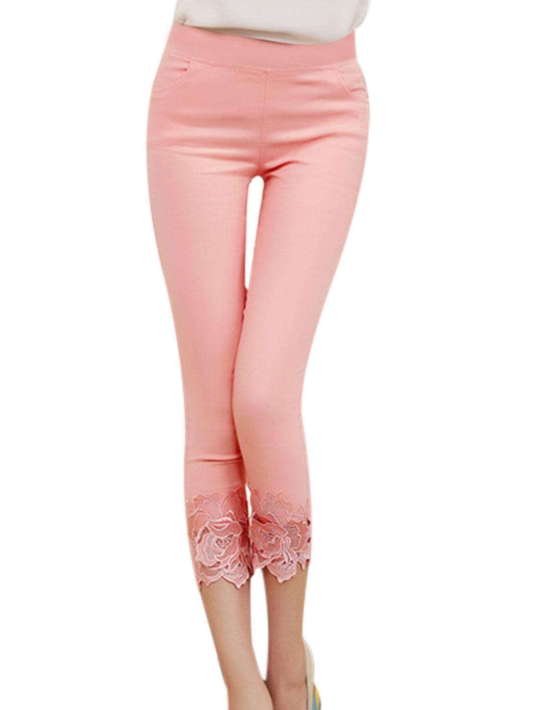 Lady Stretchy Waist Crochet Embellishment Capri Pants Light Pink XS
