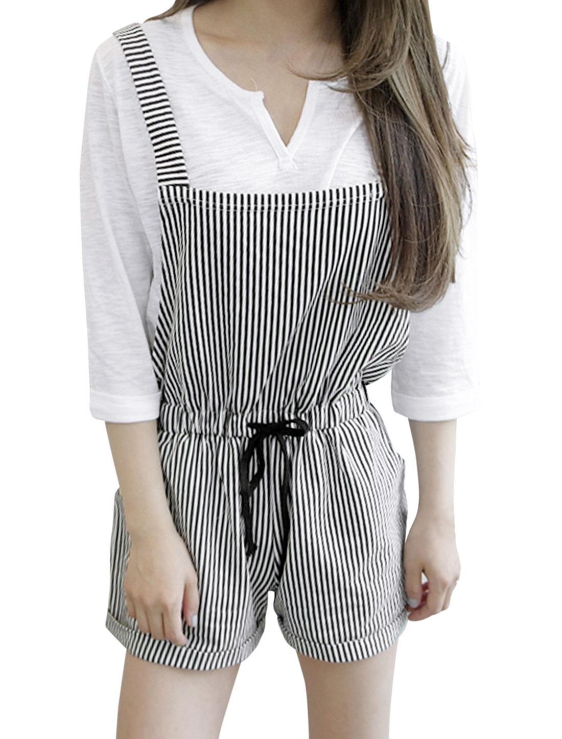 Lady Elastic Waist Roll-up Hem Slant Pockets Striped Suspender Shorts Black White XS