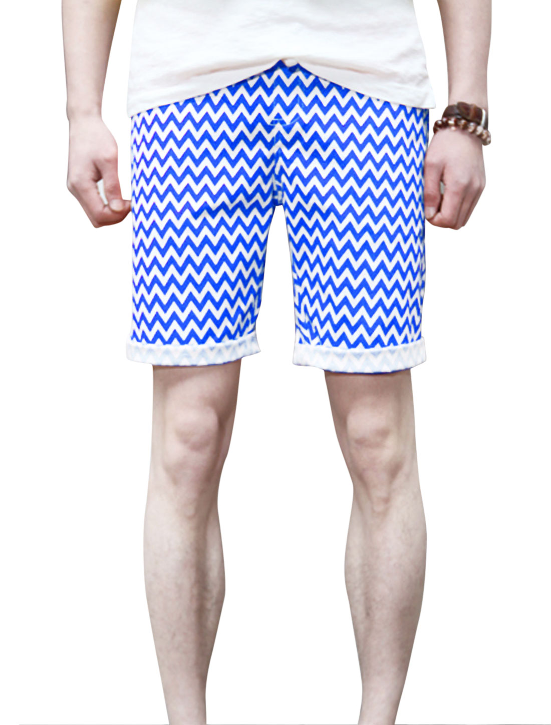 Men Two Pockets Front Zigzag Pattern Fashion Casual Shorts Royal Blue W30