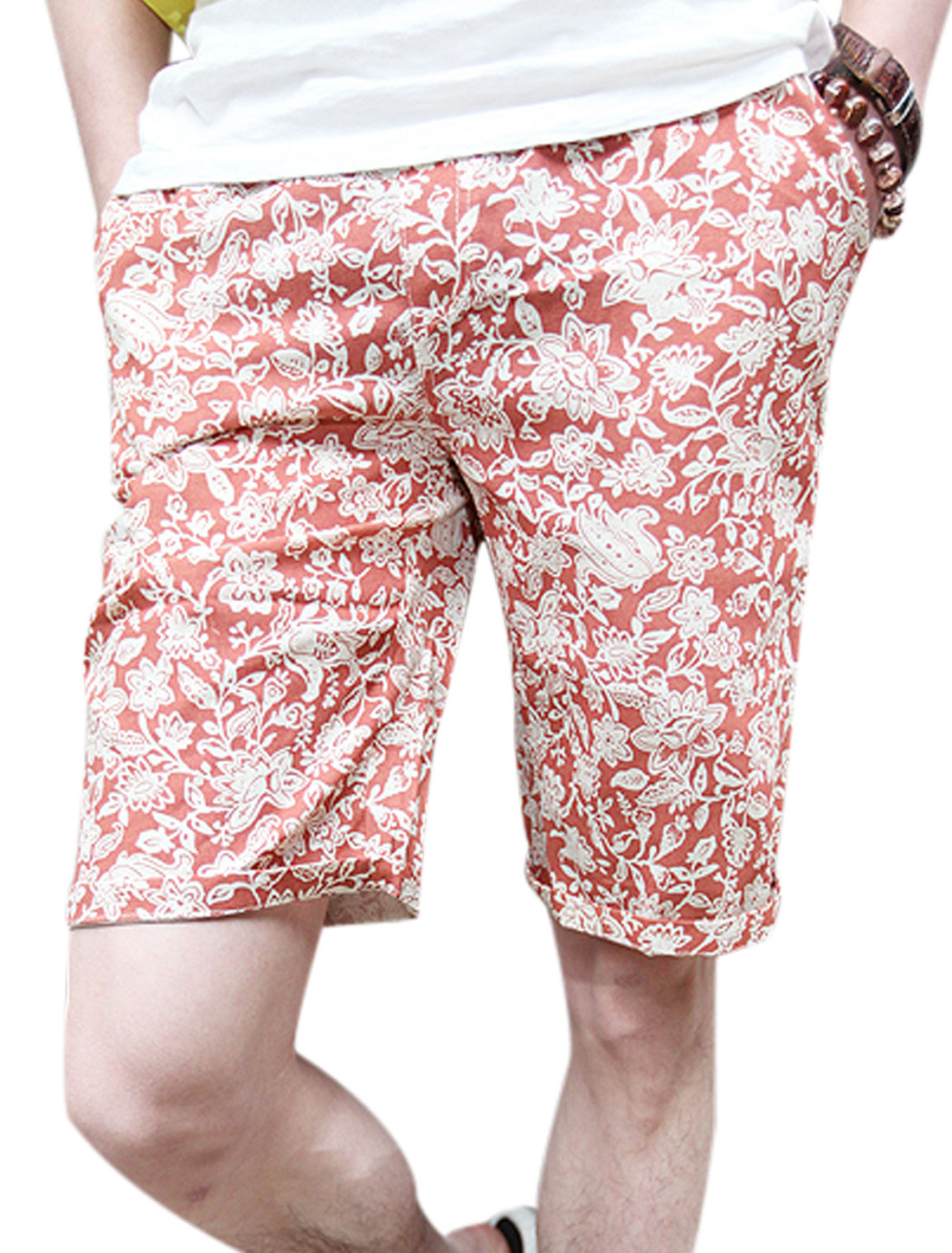 Men Single Pocket Back Floral Prints Shorts Red W28