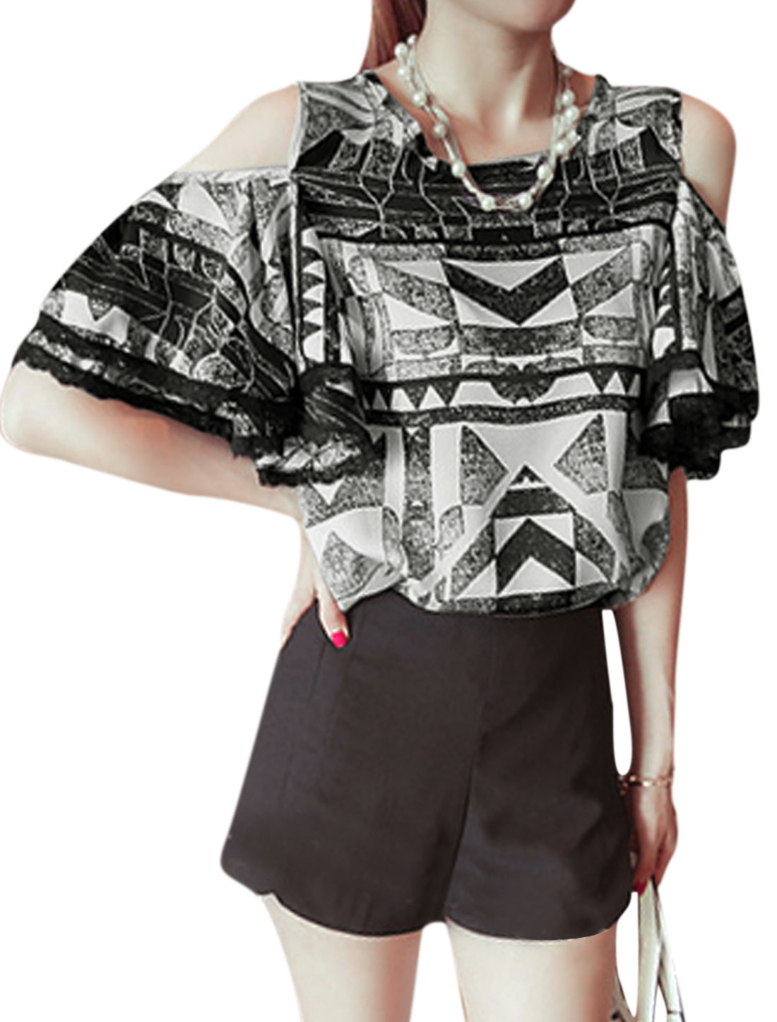 Lady Trumpet Sleeve Geometric Prints Zipper Back Blouse Black White XS